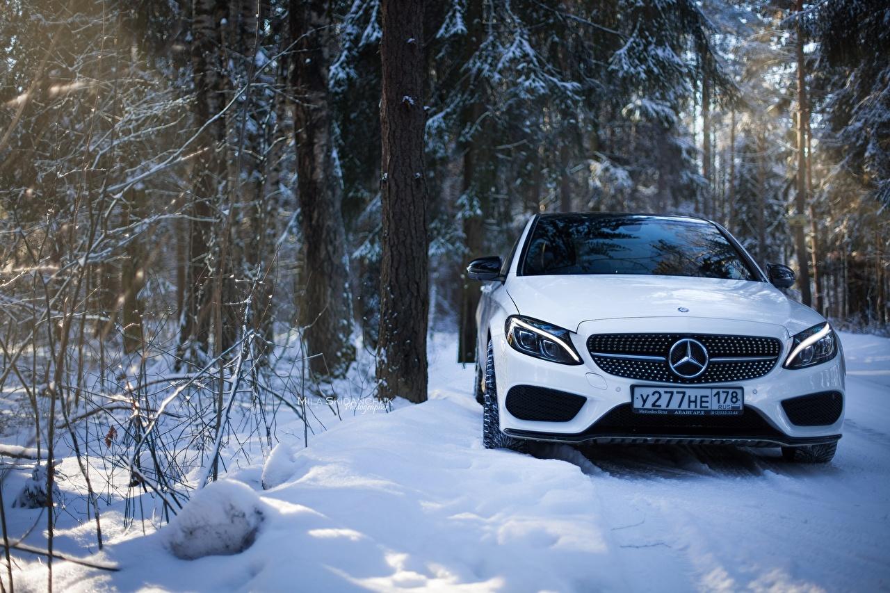 Фото Mercedes-Benz c63 amg c450 Белый Снег Спереди Автомобили Мерседес бенц Авто Машины