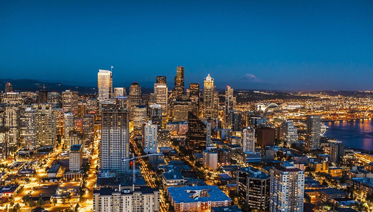 Фотография Сиэтл США Мегаполис Ночные Небоскребы Города Здания штаты Ночь Дома