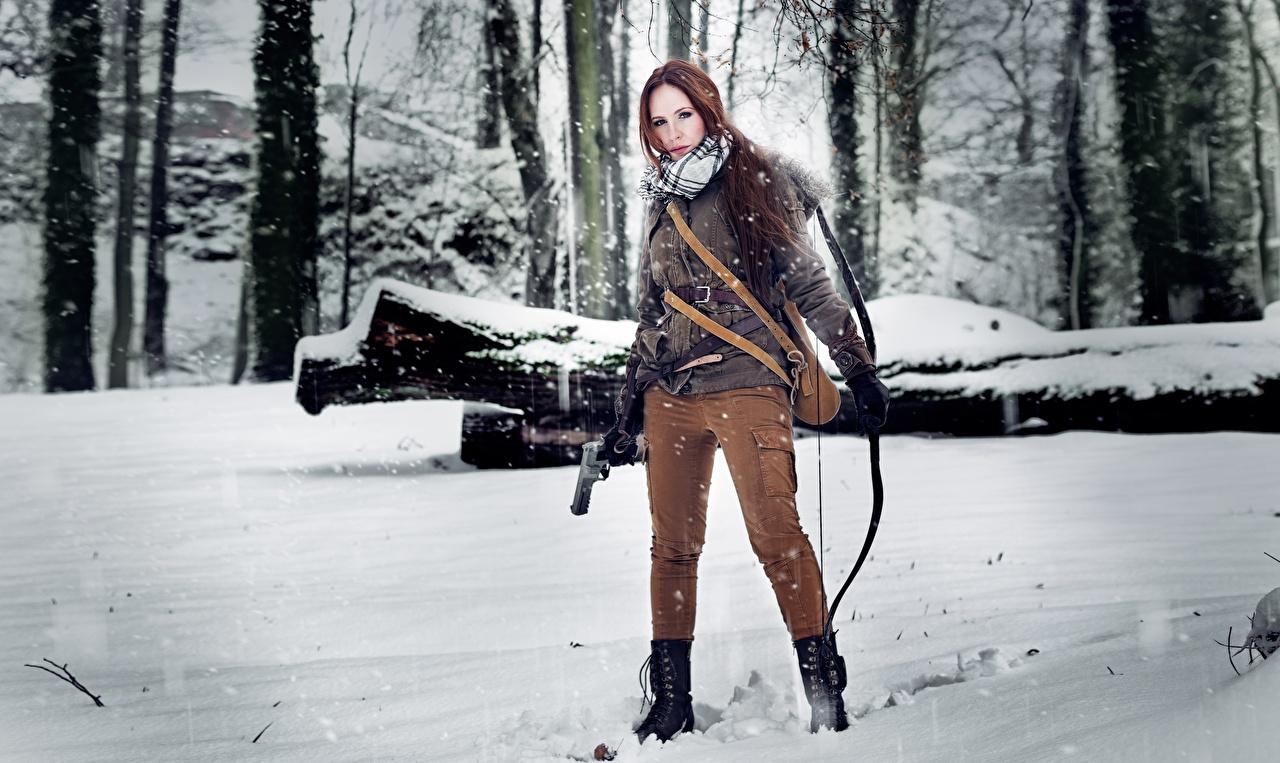 Обои Rise of the Tomb Raider Лучники Лара Крофт Воители Косплей зимние Девушки Снег воины Зима