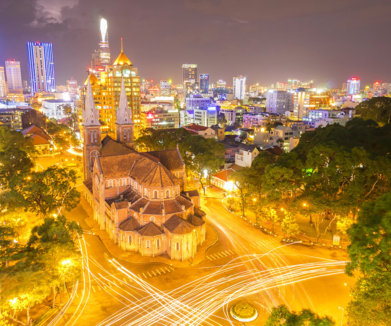 Фото Вьетнам Saigon Дороги Ночь Уличные фонари Дома Города Ночные Здания