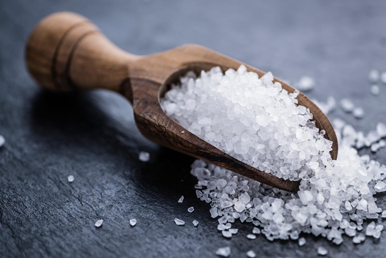 Картинки Соль Еда Ложка Деревянный вблизи соли солью Пища ложки из дерева Продукты питания Крупным планом