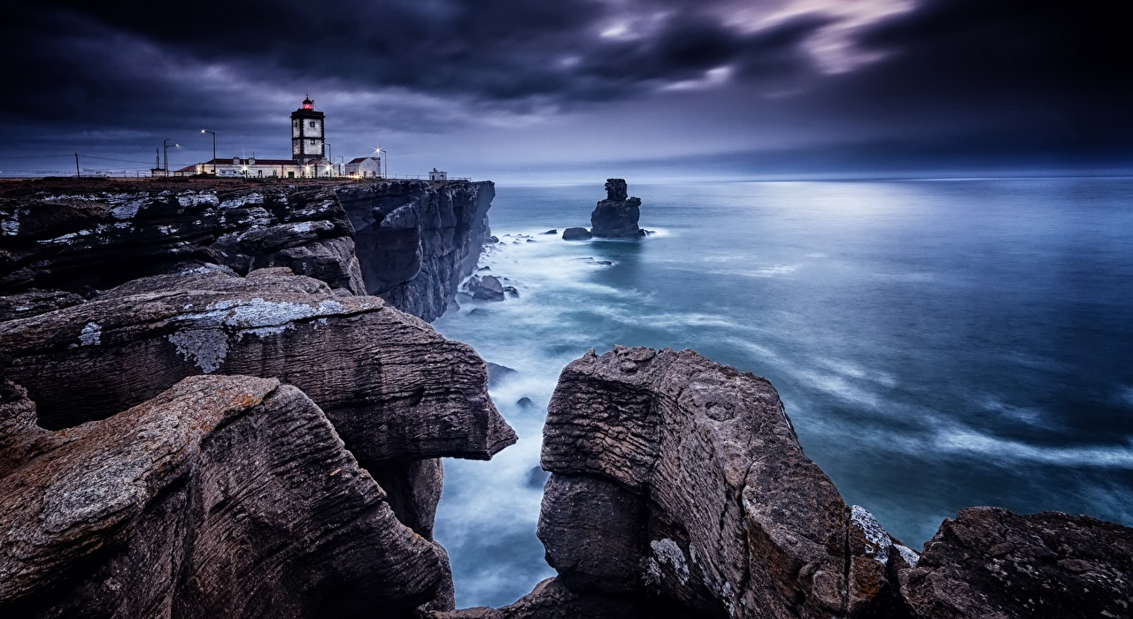 Фото Португалия Cape Carvoeiro, Peniche Утес Маяки Природа Побережье маяк Скала скале скалы берег