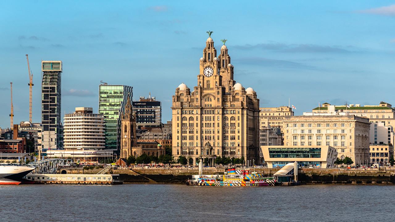 Картинка Англия Liverpool Пирсы Здания Города Причалы Пристань Дома город