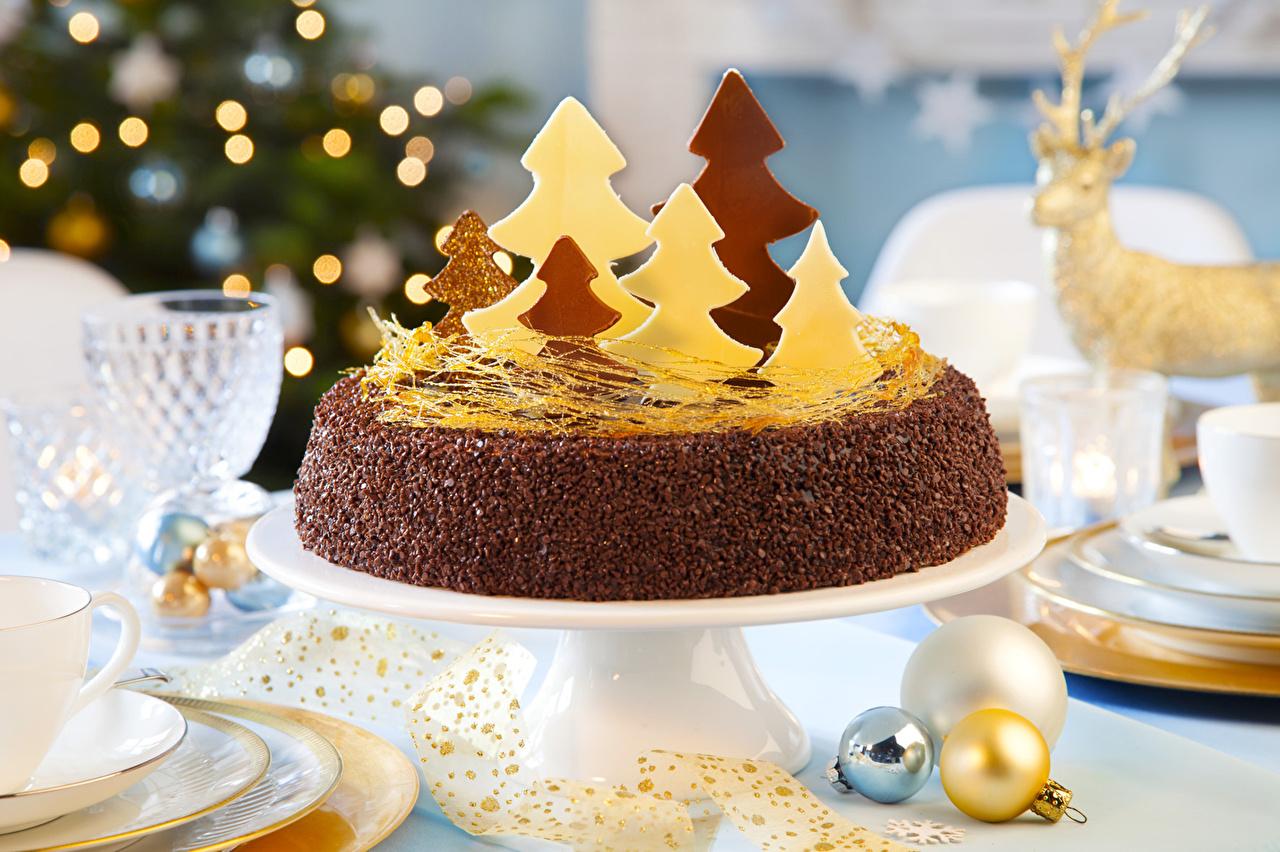 Обои для рабочего стола Новый год Торты Еда сладкая еда Рождество Пища Продукты питания Сладости