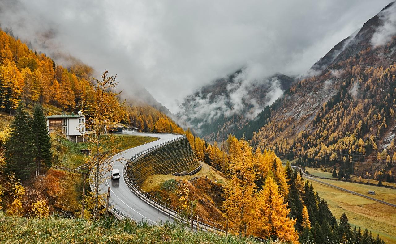 Фотографии альп Австрия East Tyrol тумане Горы Природа осенние Дороги Альпы Туман тумана гора Осень