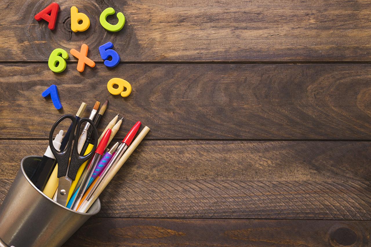 Фотографии школьные Карандаши Шариковая ручка Доски Школа карандаш карандаша карандашей