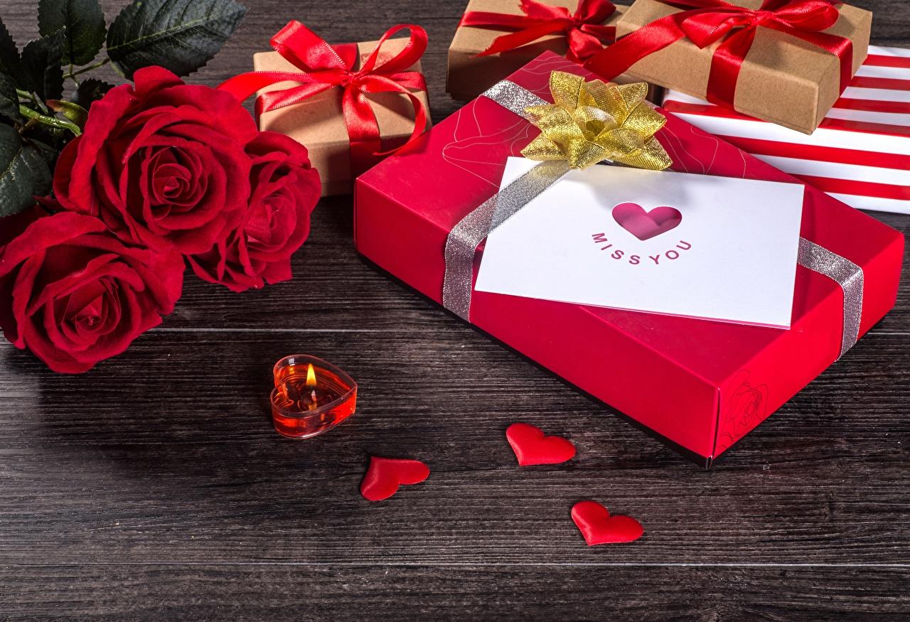 Картинка День всех влюблённых серце Розы Цветы Подарки Свечи День святого Валентина Сердце сердца сердечко роза цветок подарок подарков