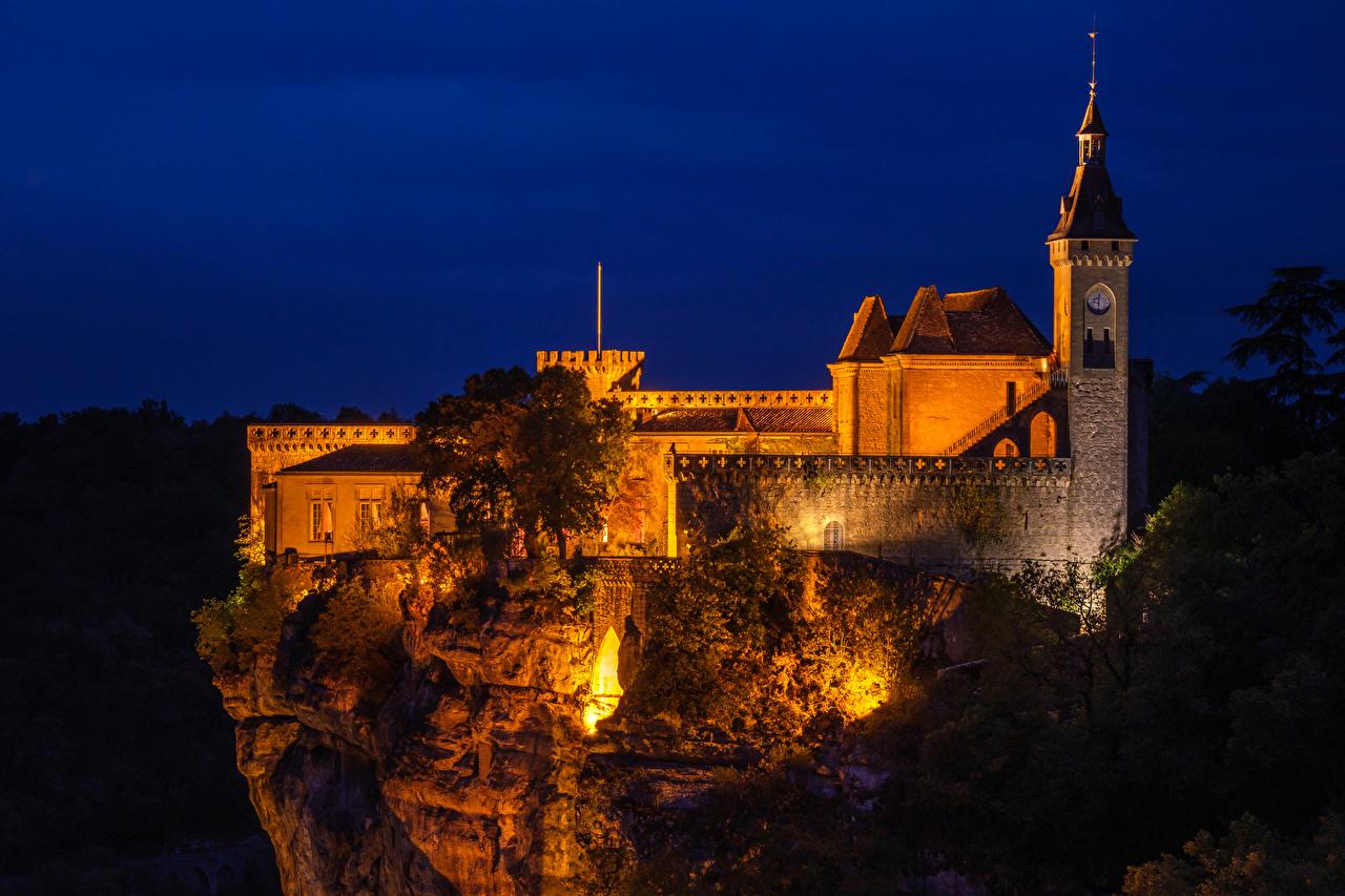 Фотография Франция Château de Rocamadour Замки скале Ночные Города Утес замок Скала скалы Ночь ночью в ночи город