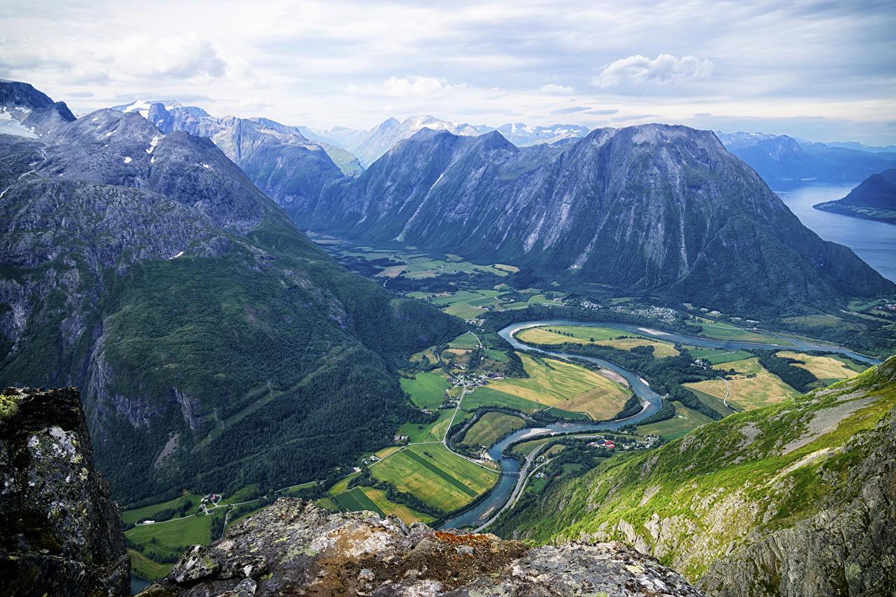 Фотография Норвегия Romsdalseggen Ridge Горы Природа Пейзаж Реки гора река речка