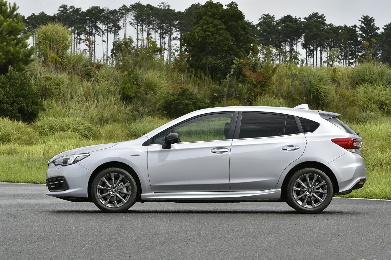 Картинки Субару Impreza Sport e-Boxer, JP-spec, 2020 Серебристый Сбоку Металлик Автомобили Subaru серебряный серебряная серебристая авто машины машина автомобиль