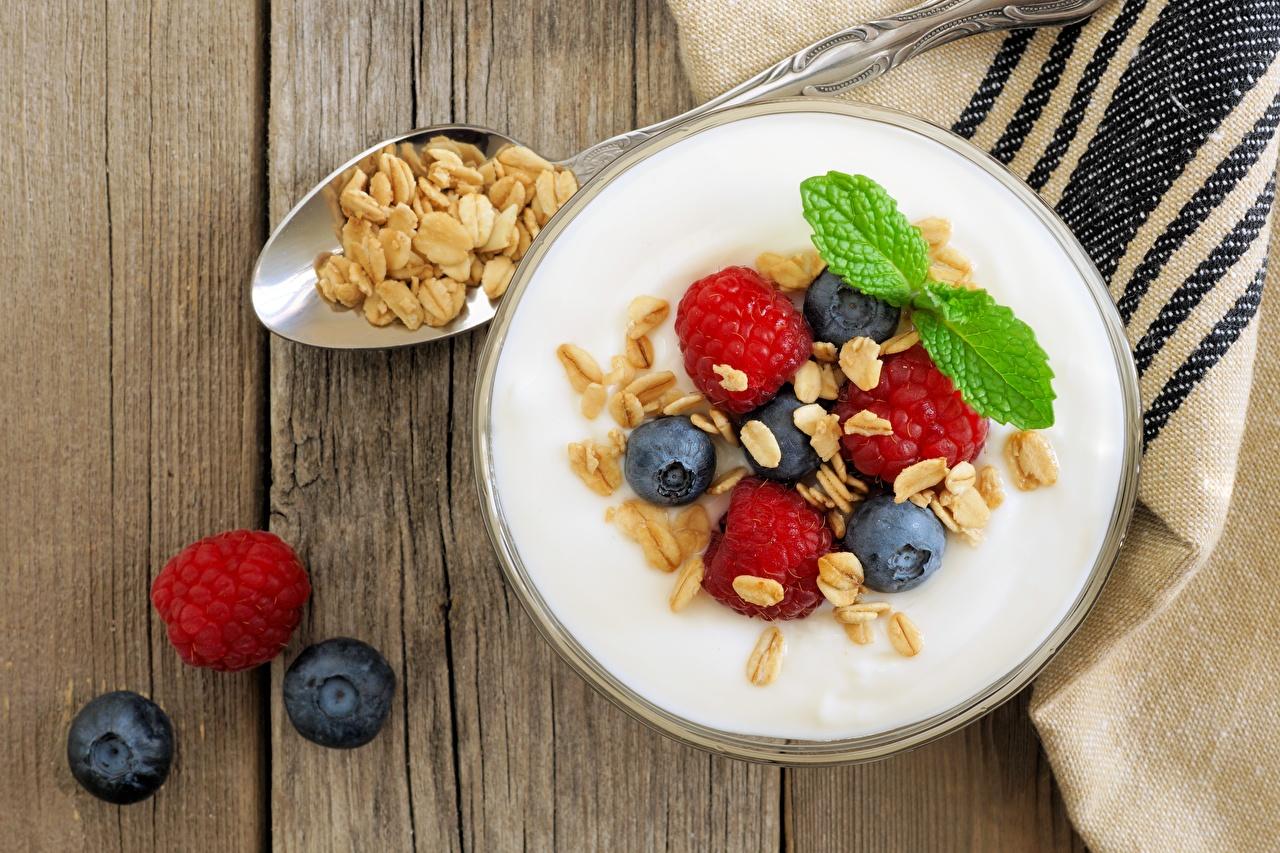 Фотография Йогурт Малина Черника Пища Еда Продукты питания