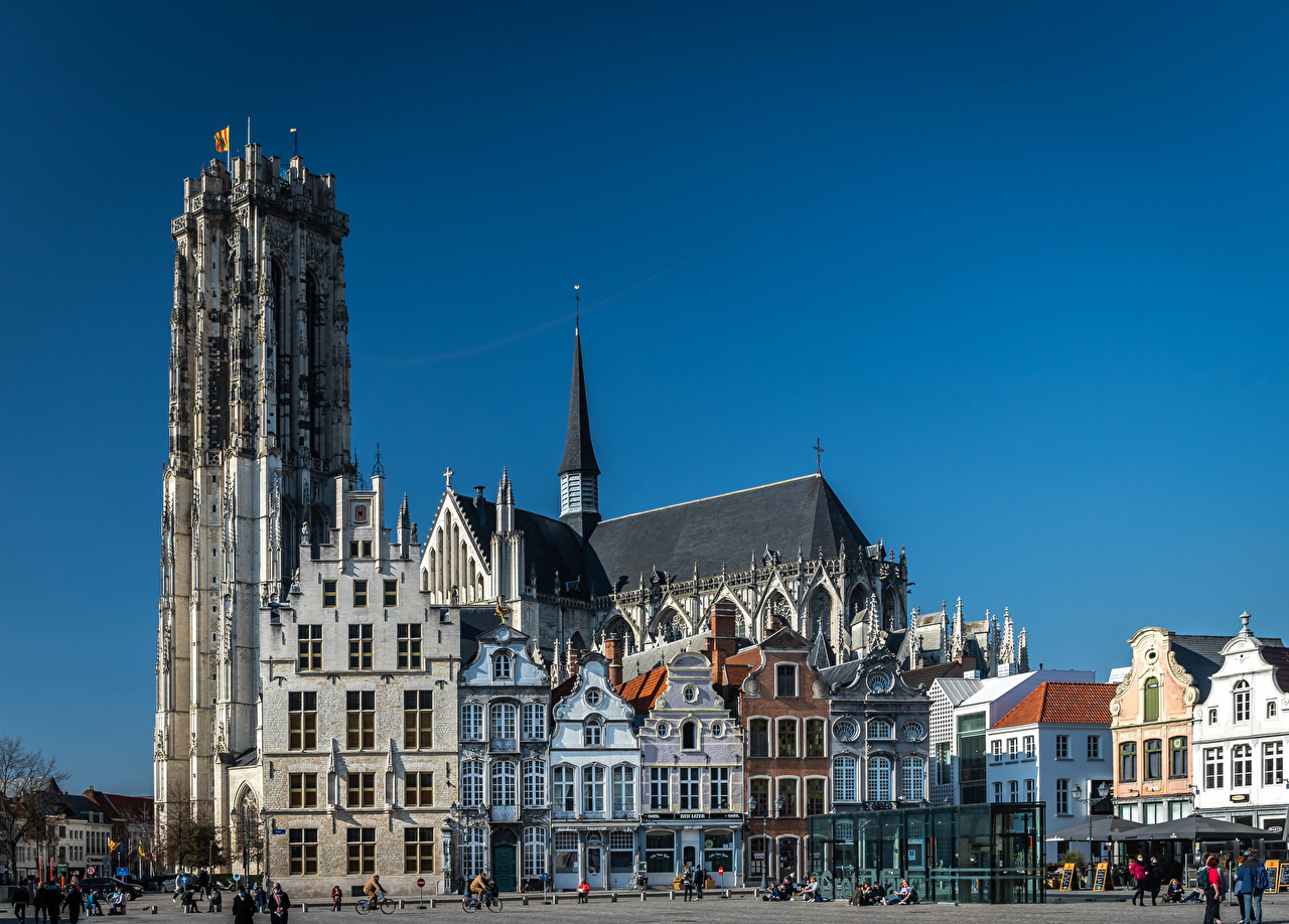 Картинки Бельгия Mechelen улице храм Здания Города улиц Улица Храмы Дома город