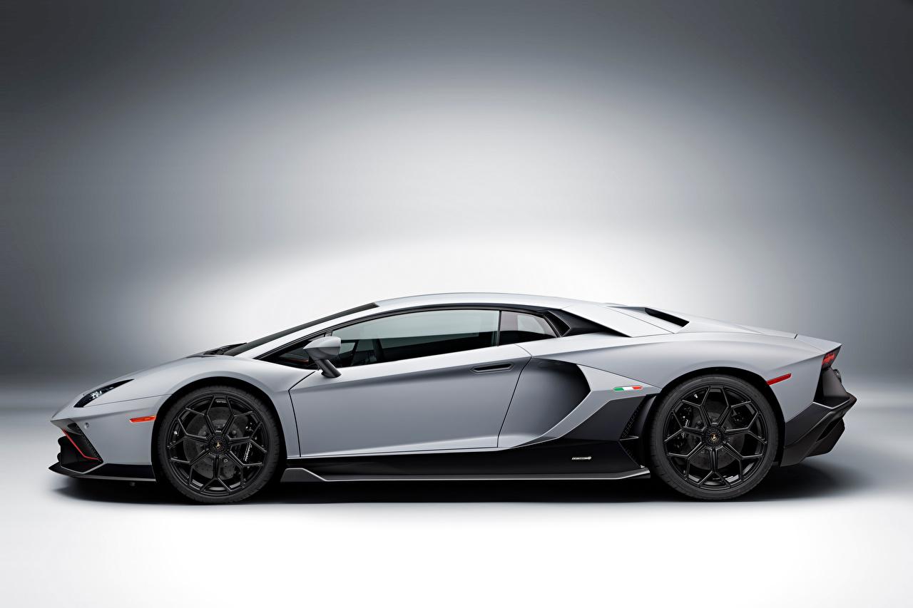 Фото Lamborghini Aventador LP 780-4 Ultimae, (LB834), 2021 серые Сбоку автомобиль Ламборгини серая Серый авто машины машина Автомобили