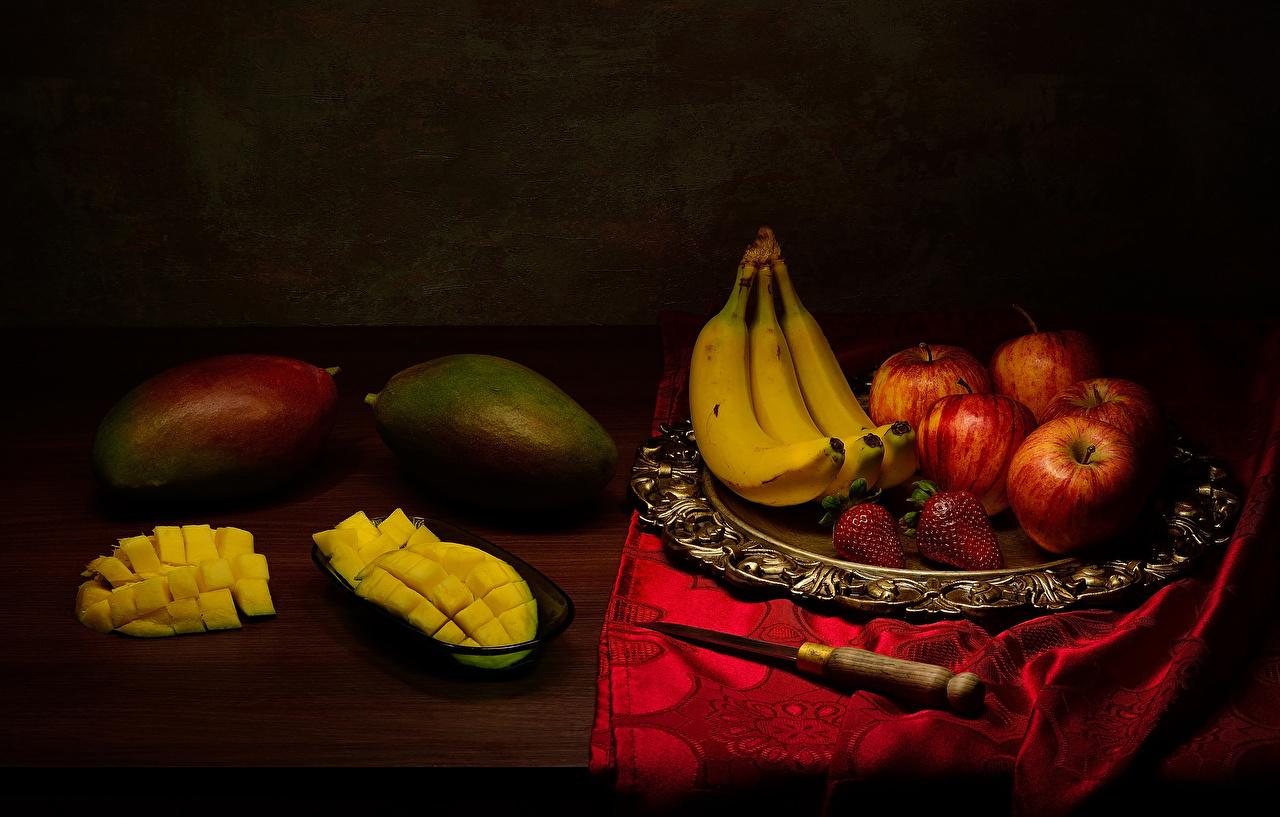 Обои для рабочего стола ножик Бананы Яблоки Авокадо Клубника Фрукты Продукты питания Натюрморт Нож Еда Пища