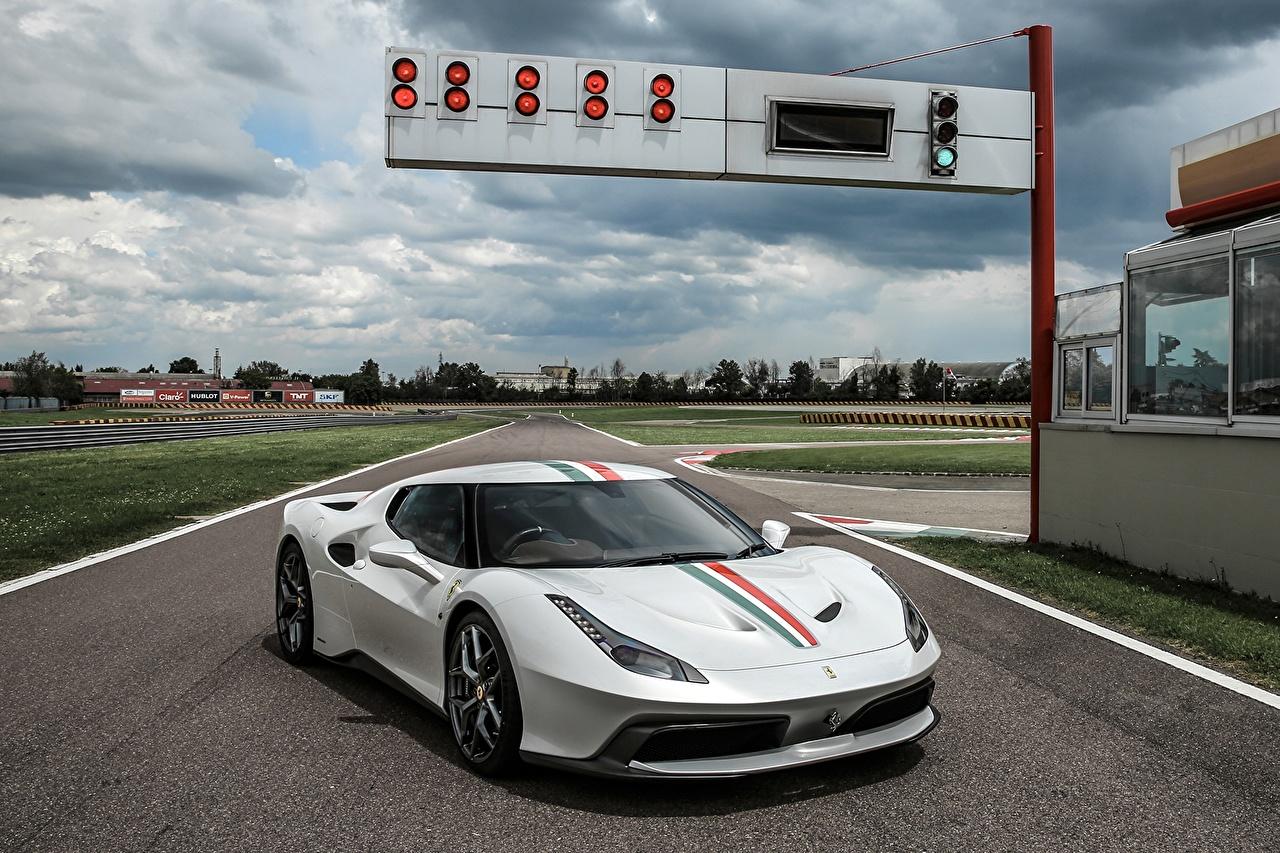 Картинки авто Ferrari 2016 458 MM Speciale Pininfarina белые машина машины автомобиль Автомобили Феррари белых Белый белая