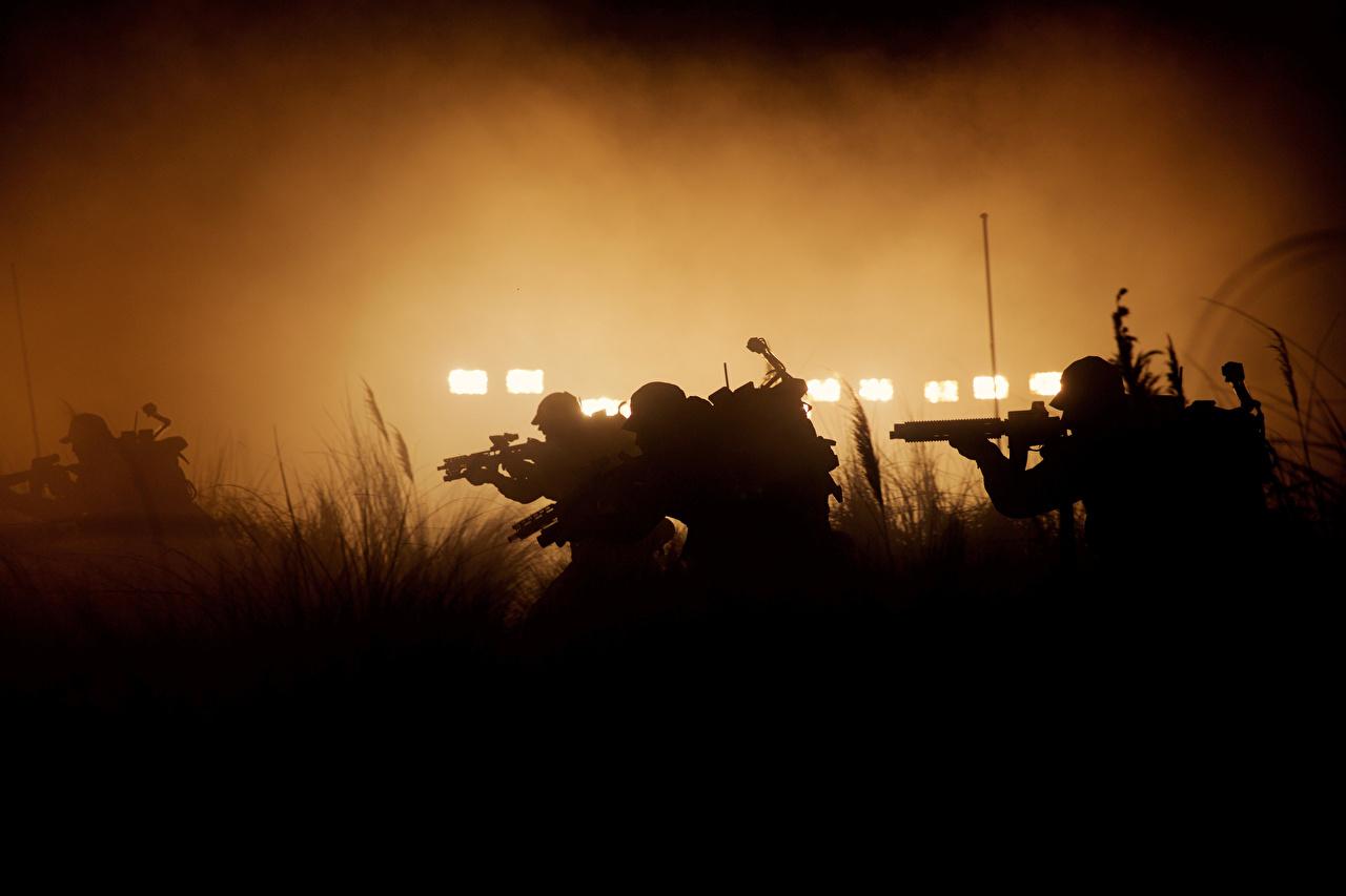 Фотография Чужой: Завет Воители Автоматы силуэты Фильмы воин воины автомат автоматом Силуэт силуэта кино