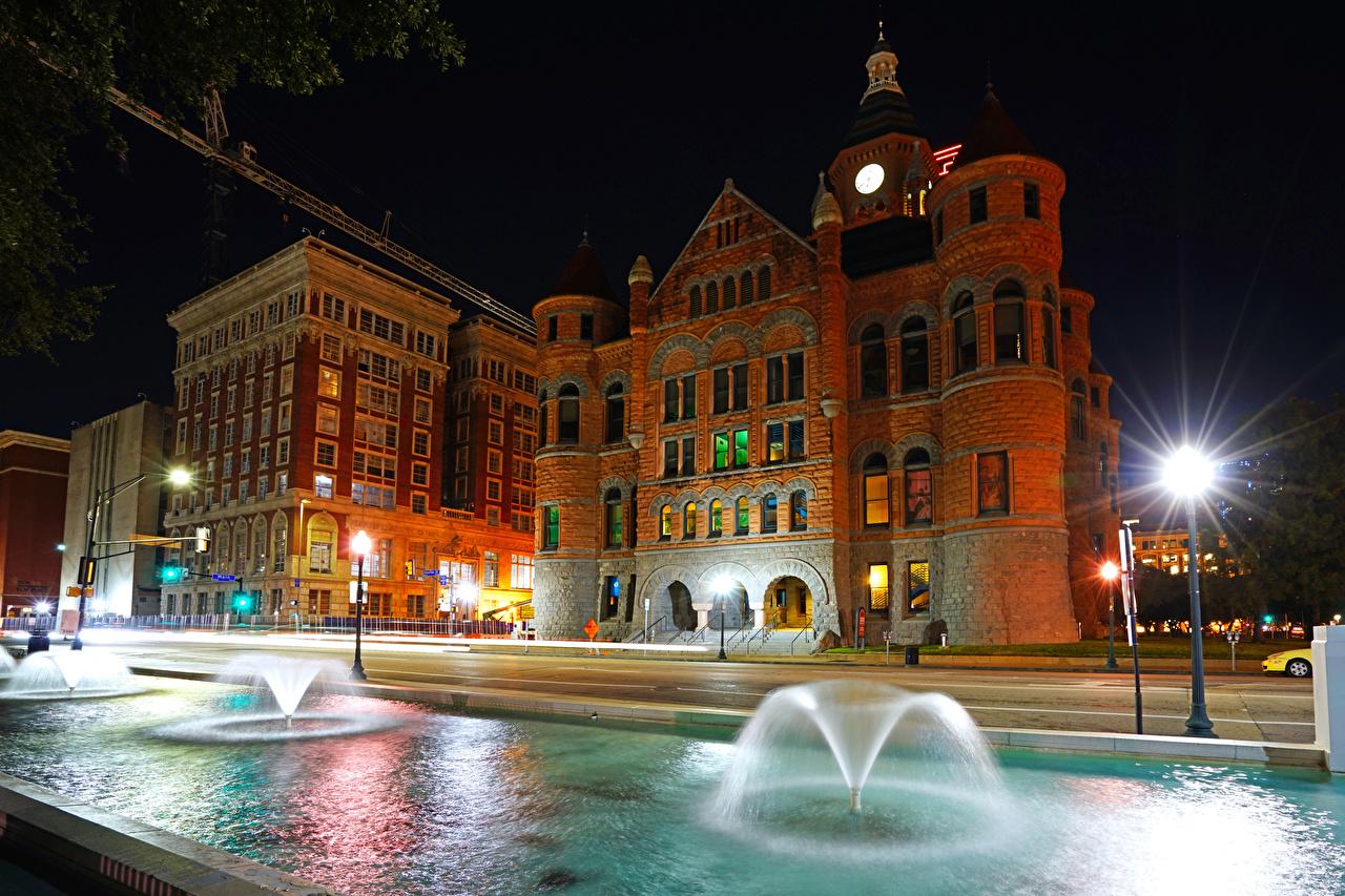 Фотографии США музеи Фонтаны Dallas Old Red Museum ночью Уличные фонари Дома город штаты америка Музей Ночь в ночи Ночные Города Здания