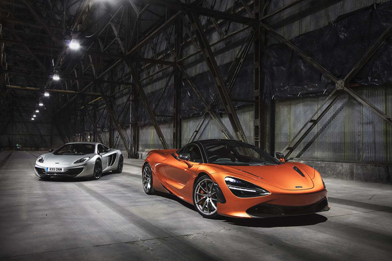 Фото Макларен два Автомобили McLaren 2 две Двое вдвоем авто машина машины автомобиль