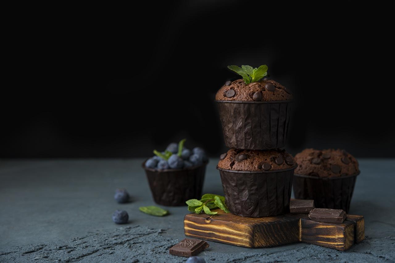 Картинка Шоколад Кекс Маффин Черника Продукты питания Еда Пища