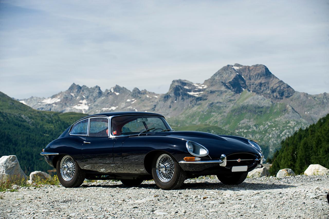 Картинка Jaguar 1964-67 E-Type 4.2-Litre Fixed Head Coupe синяя Ретро машины Металлик Ягуар синих синие Синий винтаж старинные авто машина автомобиль Автомобили