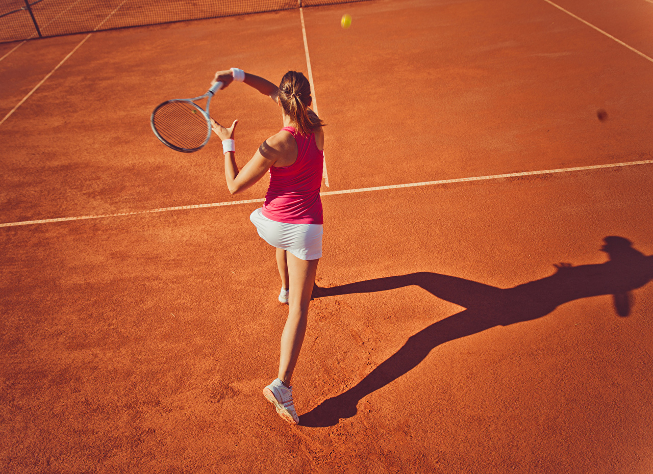 Фото Шатенка Тренировка Спорт Девушки Теннис Сзади Физические упражнения вид