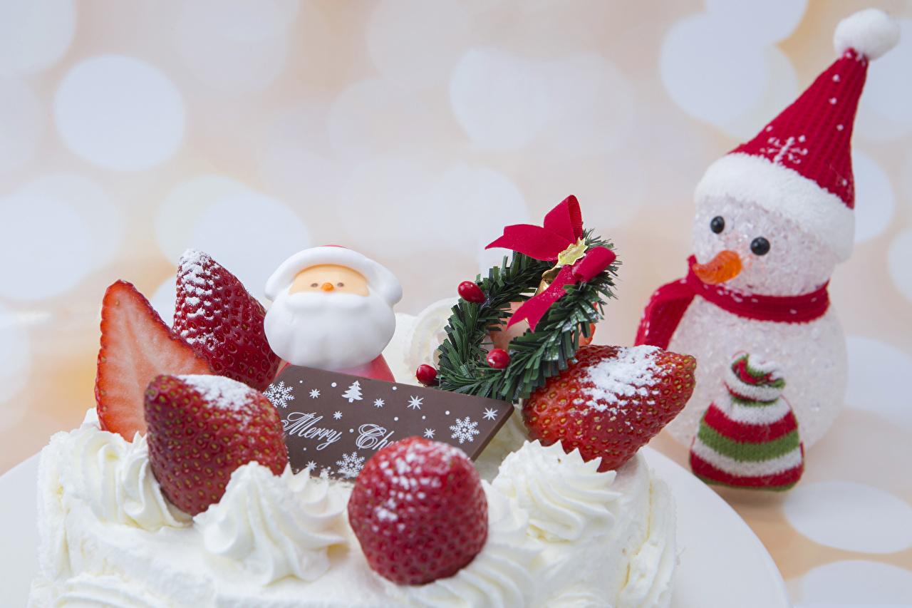Фотография Новый год Шапки Торты Клубника Снеговики Продукты питания Рождество Еда Пища