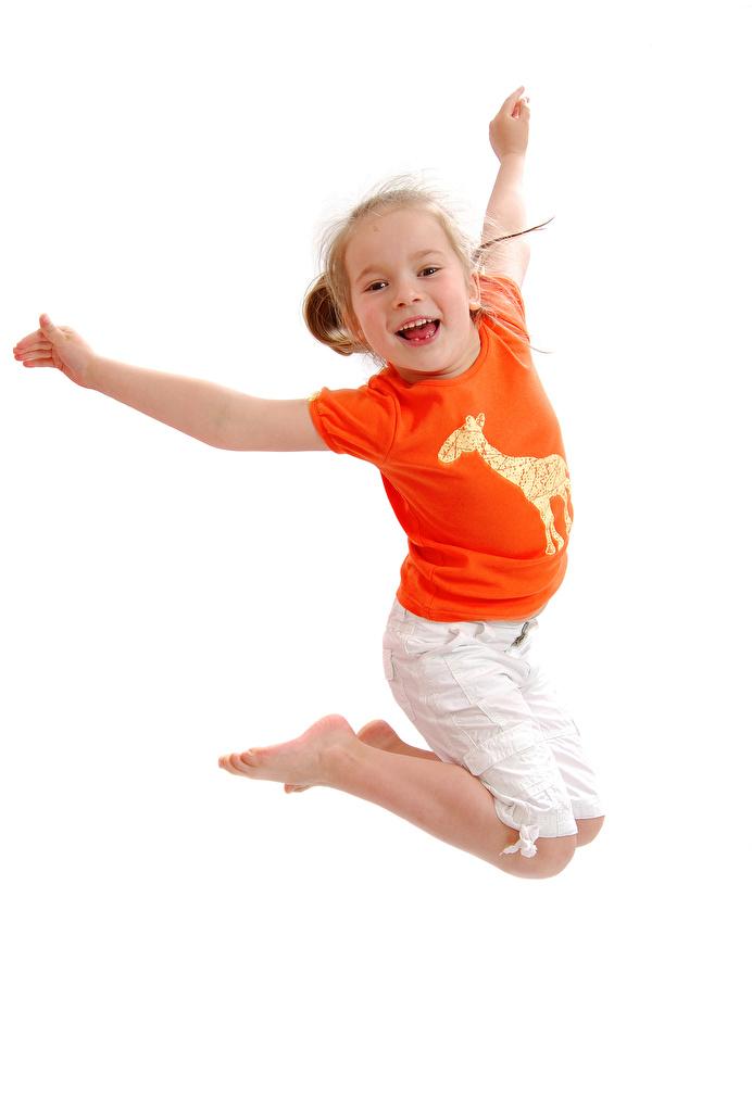 Фотографии Девочки счастливый Дети прыгает Руки белым фоном  для мобильного телефона девочка счастье Радость радостный радостная счастливые счастливая ребёнок Прыжок прыгать в прыжке рука Белый фон белом фоне