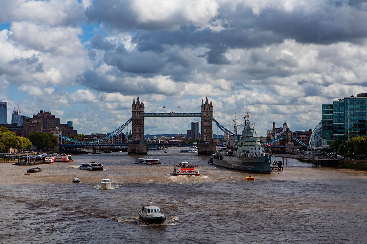 Обои для рабочего стола Лондон Англия Tower bridge Мосты Корабли Речные суда Реки Города лондоне мост корабль река речка город