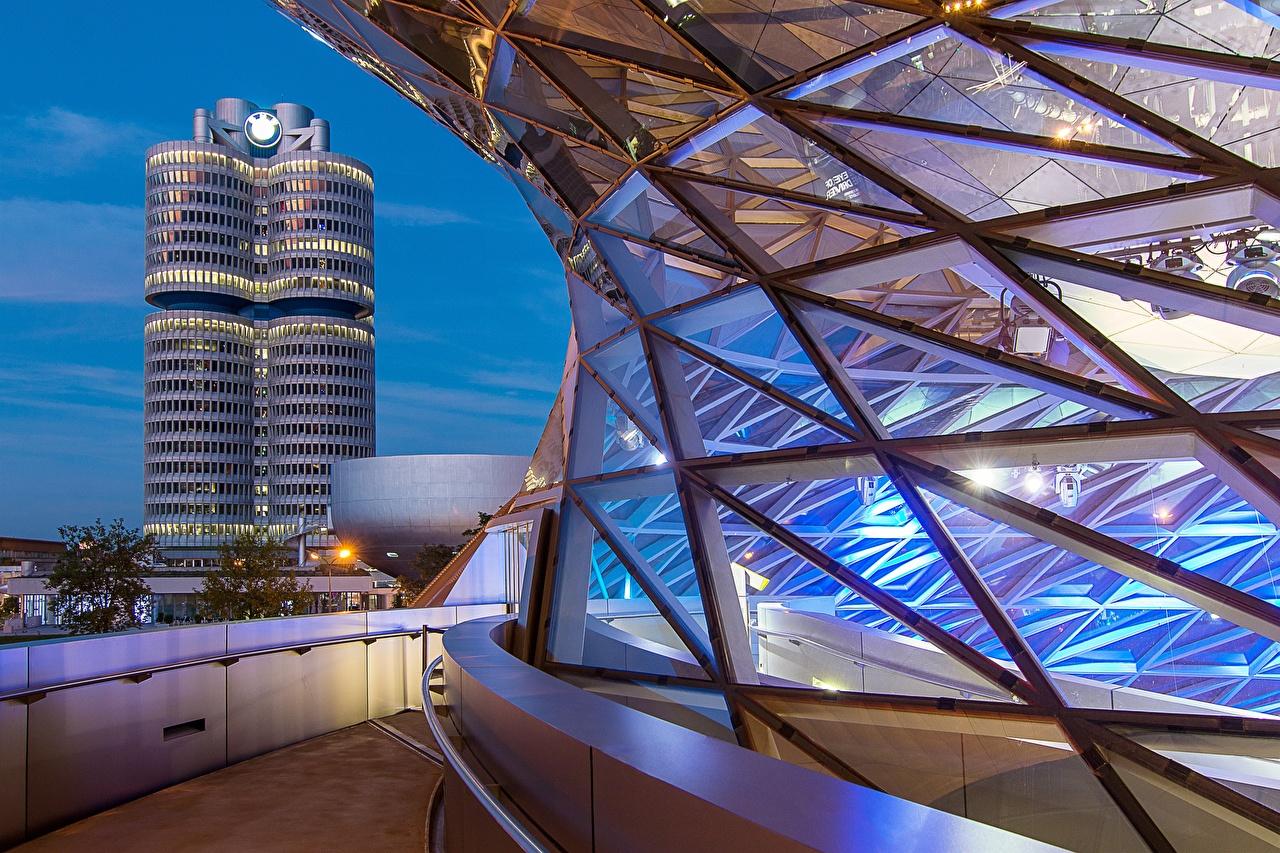 Фотография Мюнхен Бавария Германия Bmw Welt Вечер город Здания Дома Города