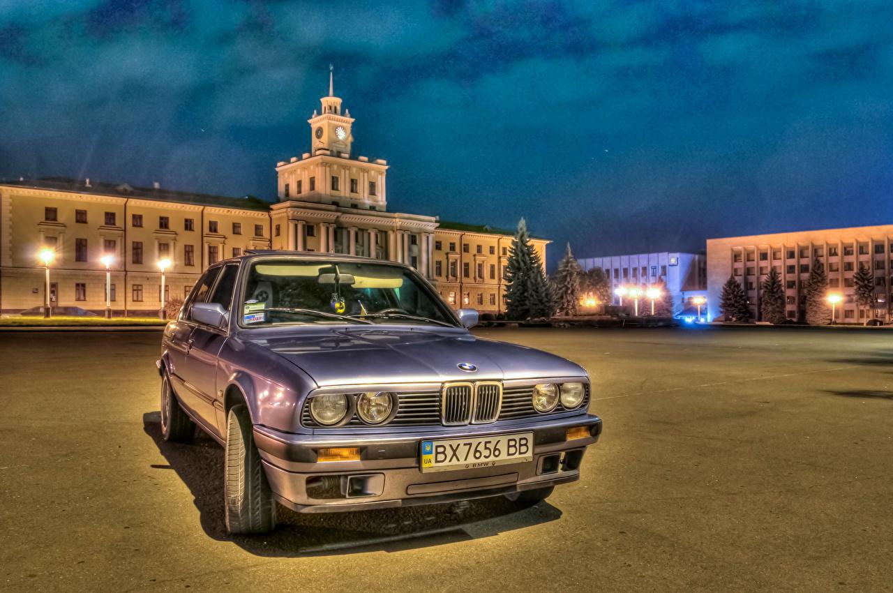 Фотография BMW HDR Фары ночью Спереди Автомобили город БМВ HDRI фар Ночь авто в ночи Ночные машины машина автомобиль Города