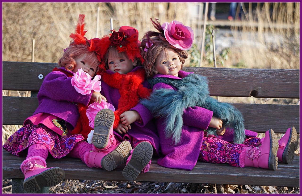Фотографии Скамья парк три Grugapark Essen Кукла Розы  девочка Скамейка Парки Трое 3 втроем куклы роза Девочки