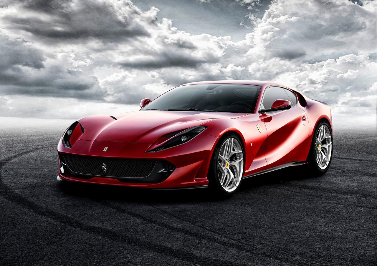 Фотография Ferrari Superfast 812 Красный Машины Феррари Авто Автомобили
