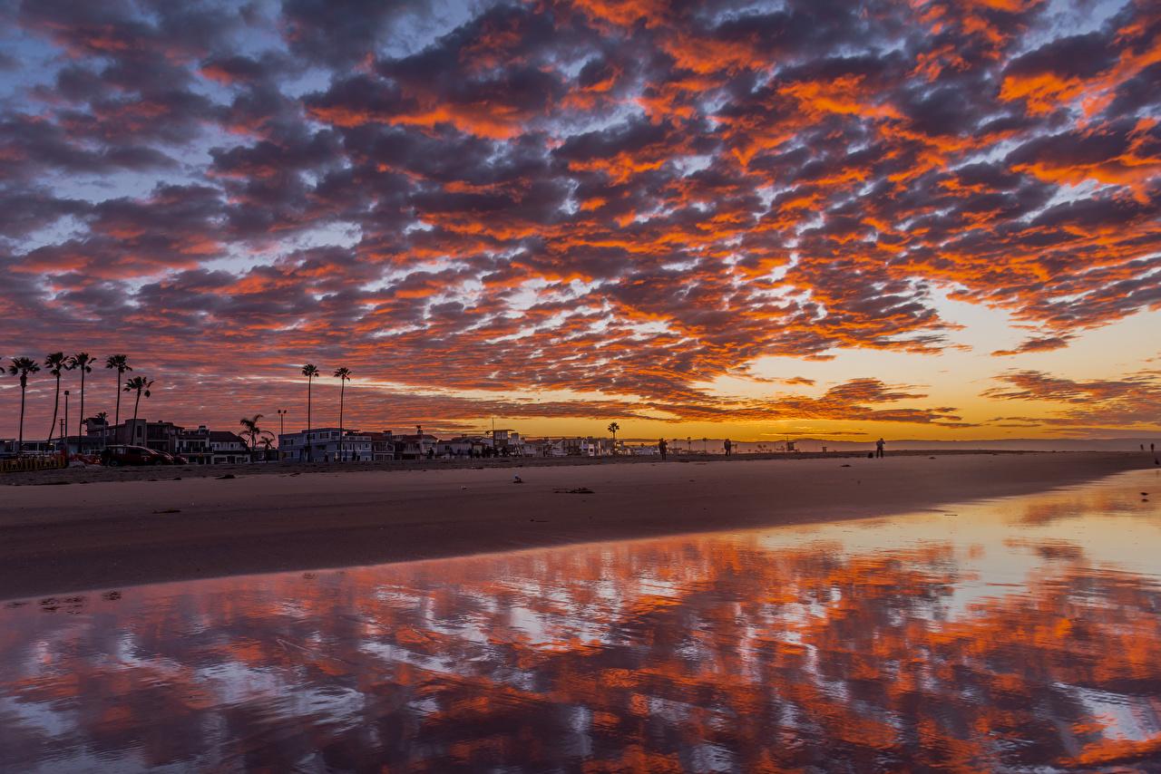Фотография США Newport Beach Природа Небо рассвет и закат берег Здания облако штаты америка Рассветы и закаты Побережье Дома Облака облачно