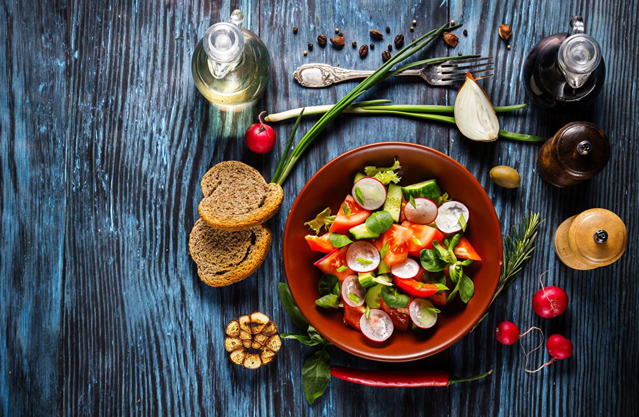 Фотография Редис Острый перец чили Хлеб Пища Овощи Салаты Бутылка Еда Продукты питания