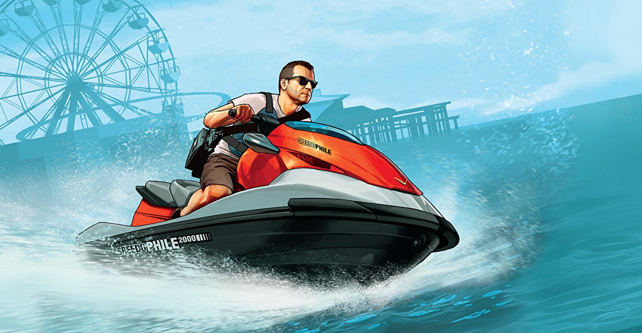 Фотографии GTA ГТА 5 Гидроцикл мужчина Michael компьютерная игра воде GTA 5 Grand Theft Auto Водный скутер Мужчины Игры Вода