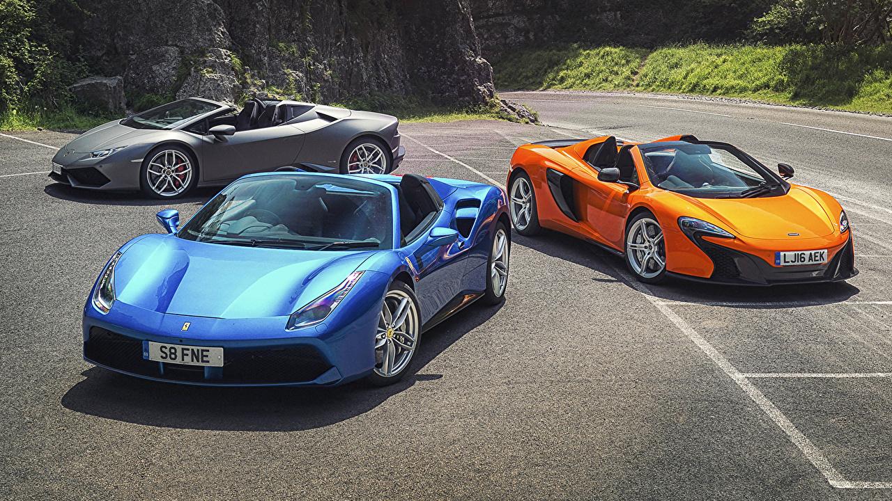 Фотография McLaren Ferrari Ламборгини 488, Lambo Huracan, 650S авто Трое 3 Lamborghini Феррари Макларен три машина машины втроем автомобиль Автомобили