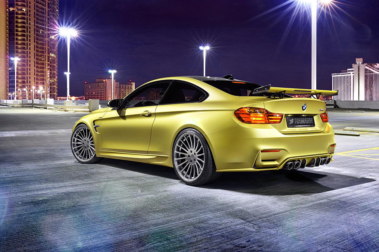 Фото BMW 2014 Hamann M4 F82 золотые Ночные машина вид сзади БМВ Золотой золотая золотых Ночь авто ночью Сзади в ночи машины Автомобили автомобиль