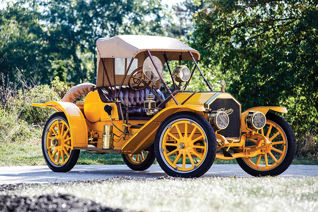 Картинки 1910 Pullman Model O Roadster Родстер Желтый Винтаж Металлик автомобиль Ретро желтых желтые желтая старинные авто машина машины Автомобили
