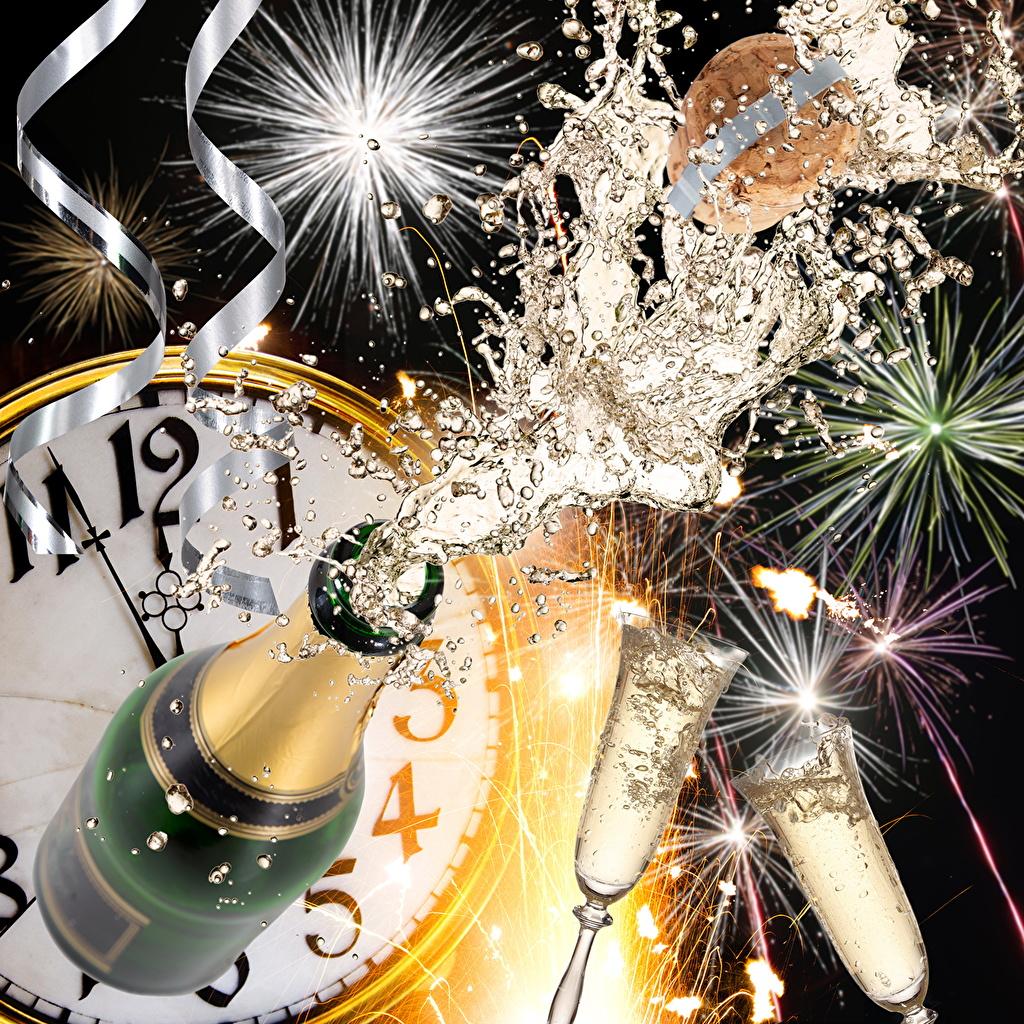 Картинки Новый год фейерверк Часы Шампанское Пища Бокалы Бутылка Праздники Салют Рождество Игристое вино Еда бокал бутылки Продукты питания