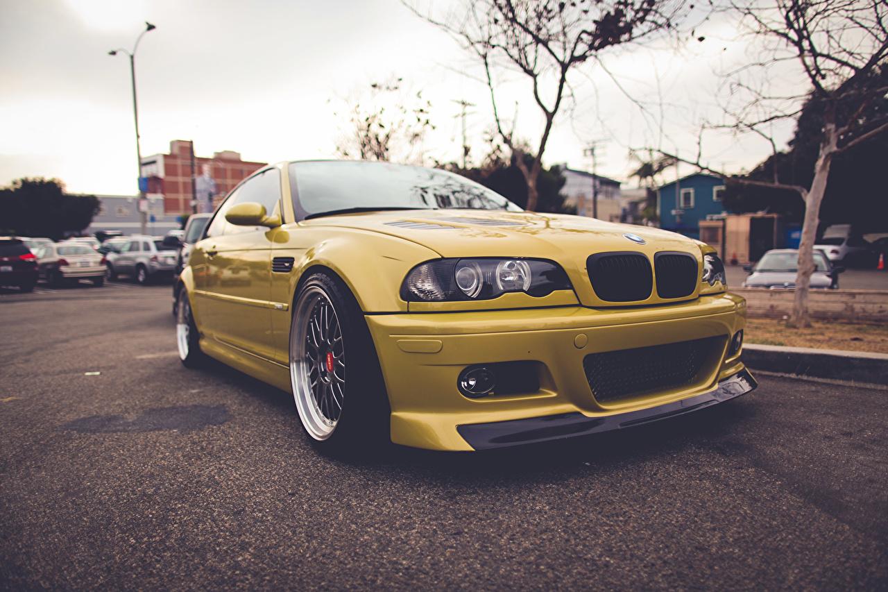 Обои для рабочего стола БМВ E46 желтая авто BMW желтых желтые Желтый машина машины автомобиль Автомобили