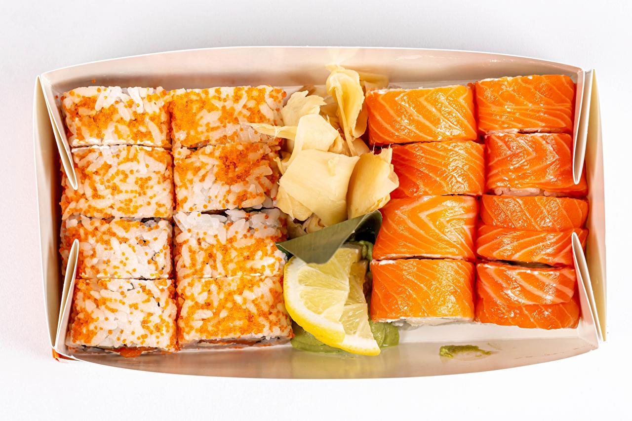 Картинки суси Сыры Икра Лимоны Пища белым фоном Суши Еда Продукты питания Белый фон белом фоне