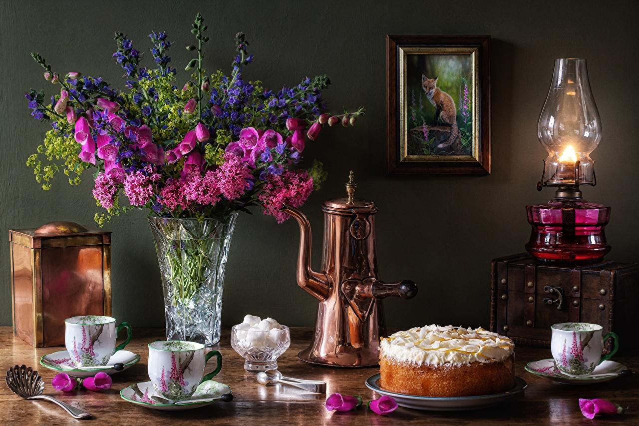 Обои для рабочего стола Букеты Торты Сахар Керосиновая лампа цветок Ваза Пища Чашка букет сахара Цветы Еда вазе вазы чашке Продукты питания