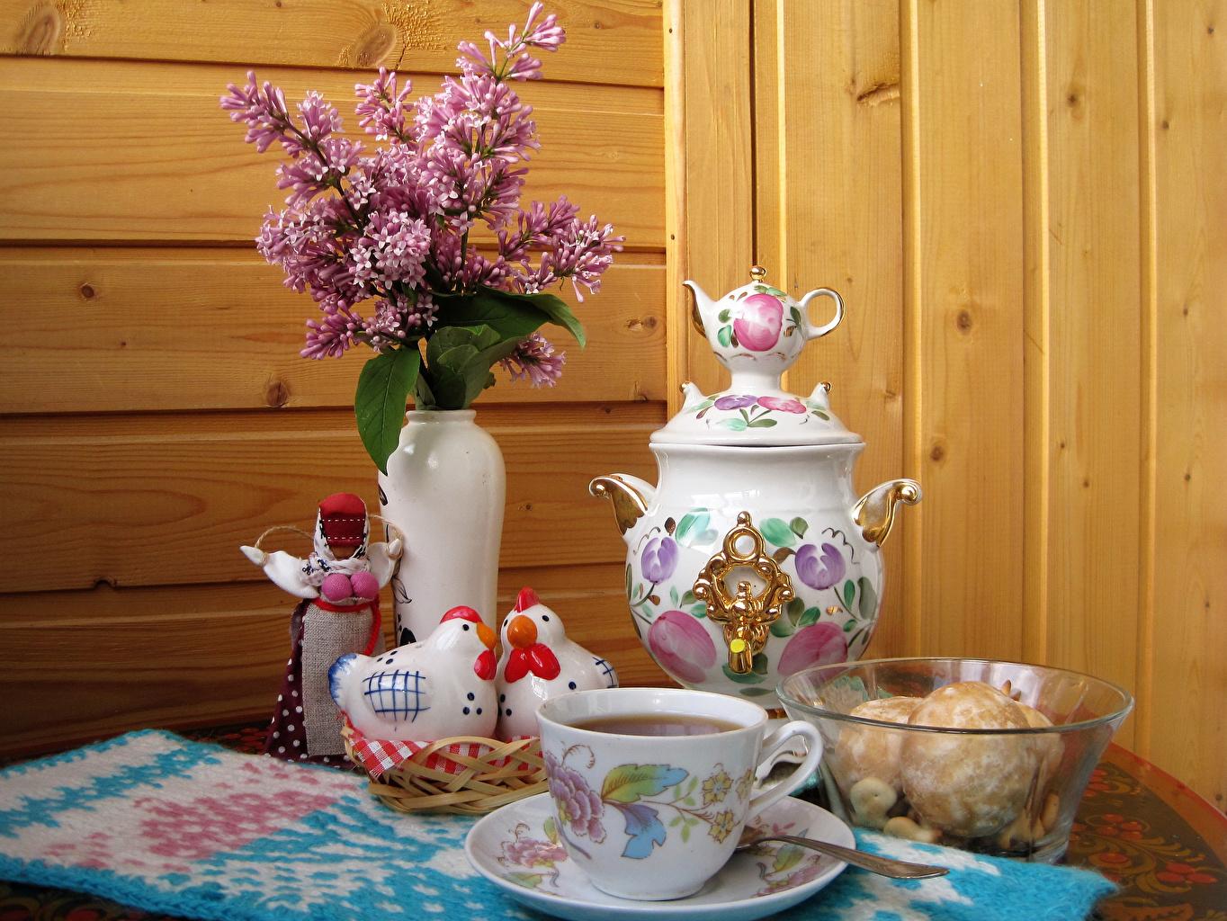 Картинки Курица Самовар Чай Сирень вазе Пища Чашка Натюрморт Доски самовары самовара Еда Ваза вазы чашке Продукты питания