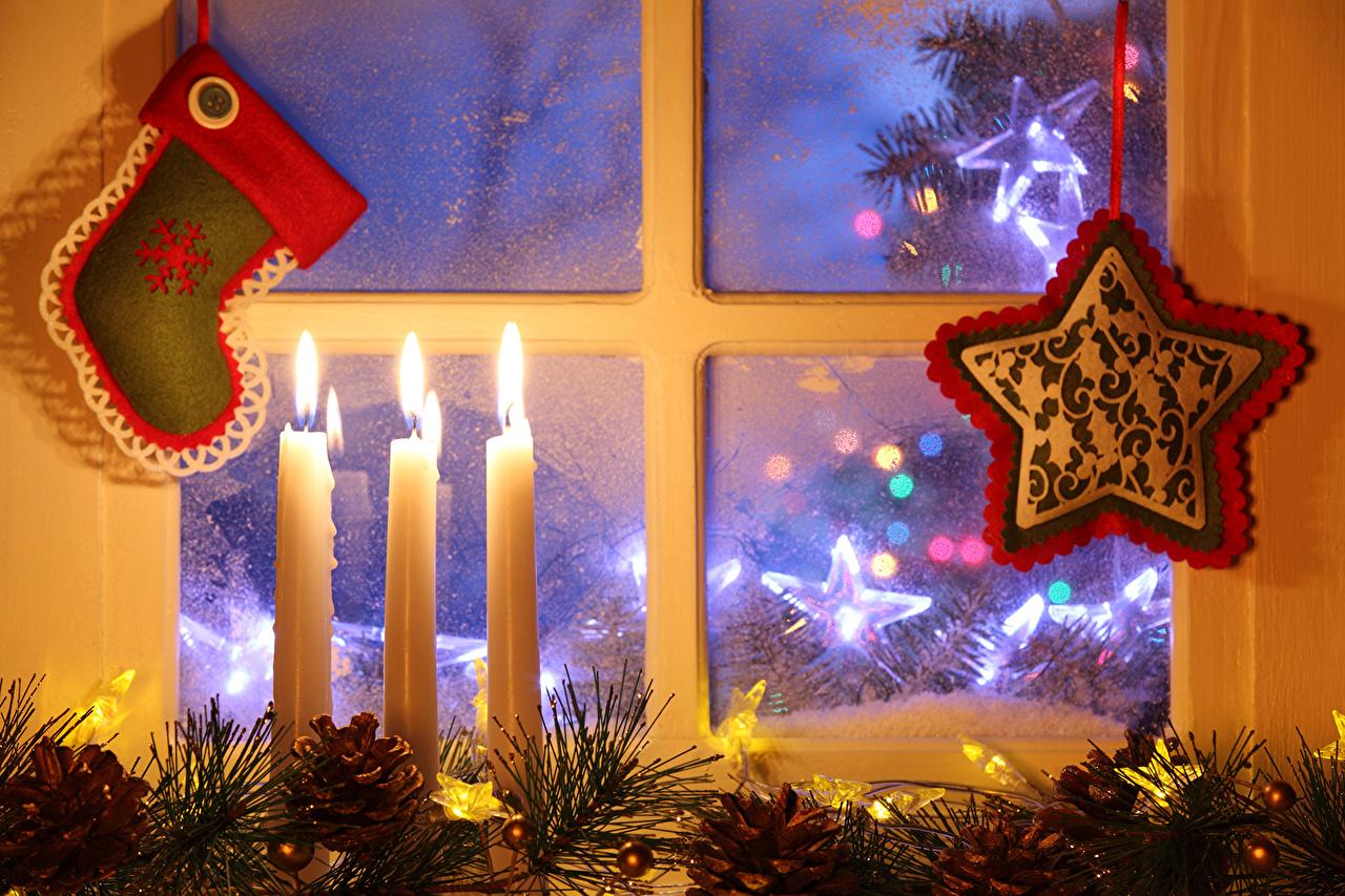 Фотография Новый год окна Свечи Рождество Окно