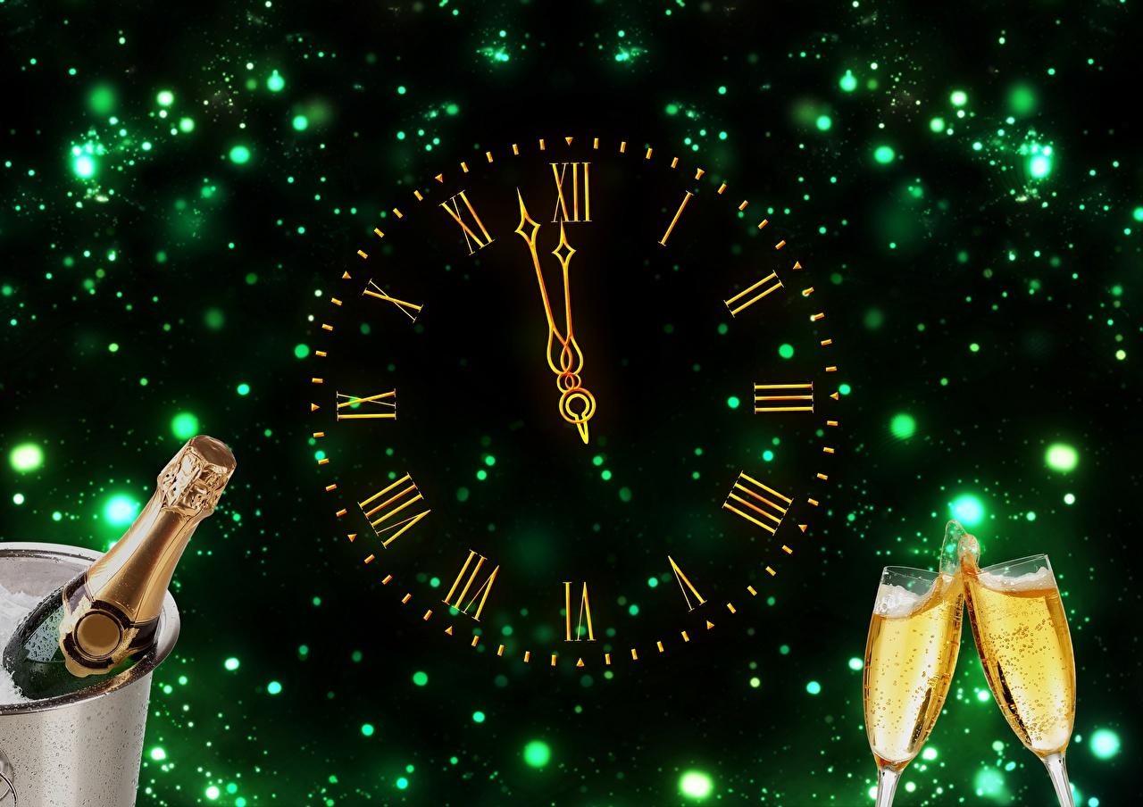 Фотография Новый год Часы Шампанское бокал Циферблат Праздники Рождество Игристое вино Бокалы