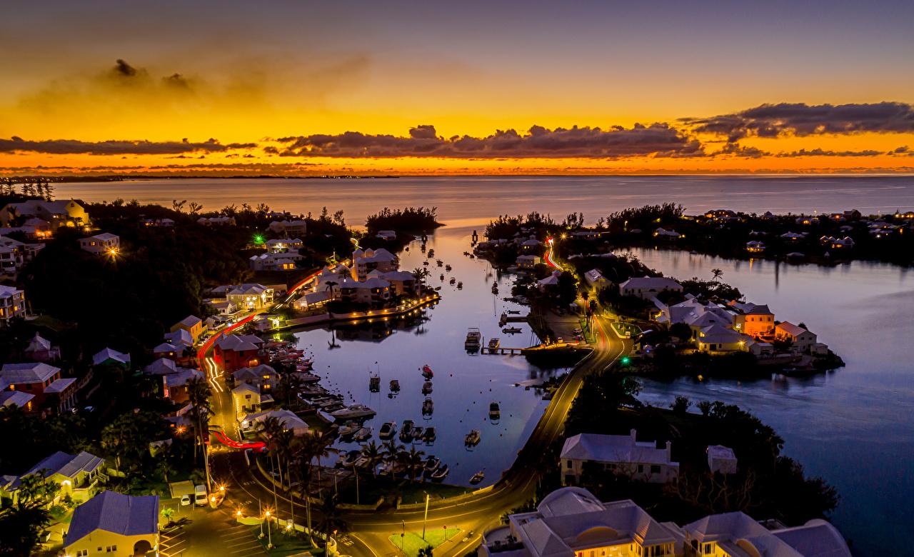 Фото Великобритания Bermuda Дороги Вечер заливы Сверху Причалы Здания Города Пирсы Залив залива Пристань Дома город