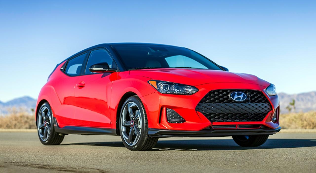 Картинки Hyundai Veloster, Turbo, US-spec, 2018 красных асфальта Автомобили Хендай красная красные Красный авто машины машина Асфальт автомобиль