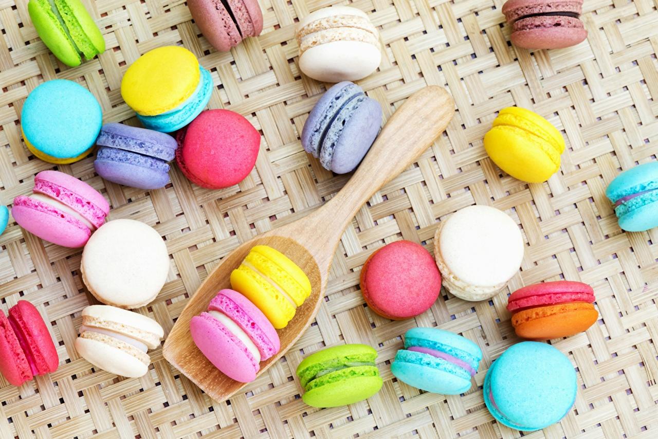 Фотография Макарон Разноцветные Еда Печенье Пища Продукты питания