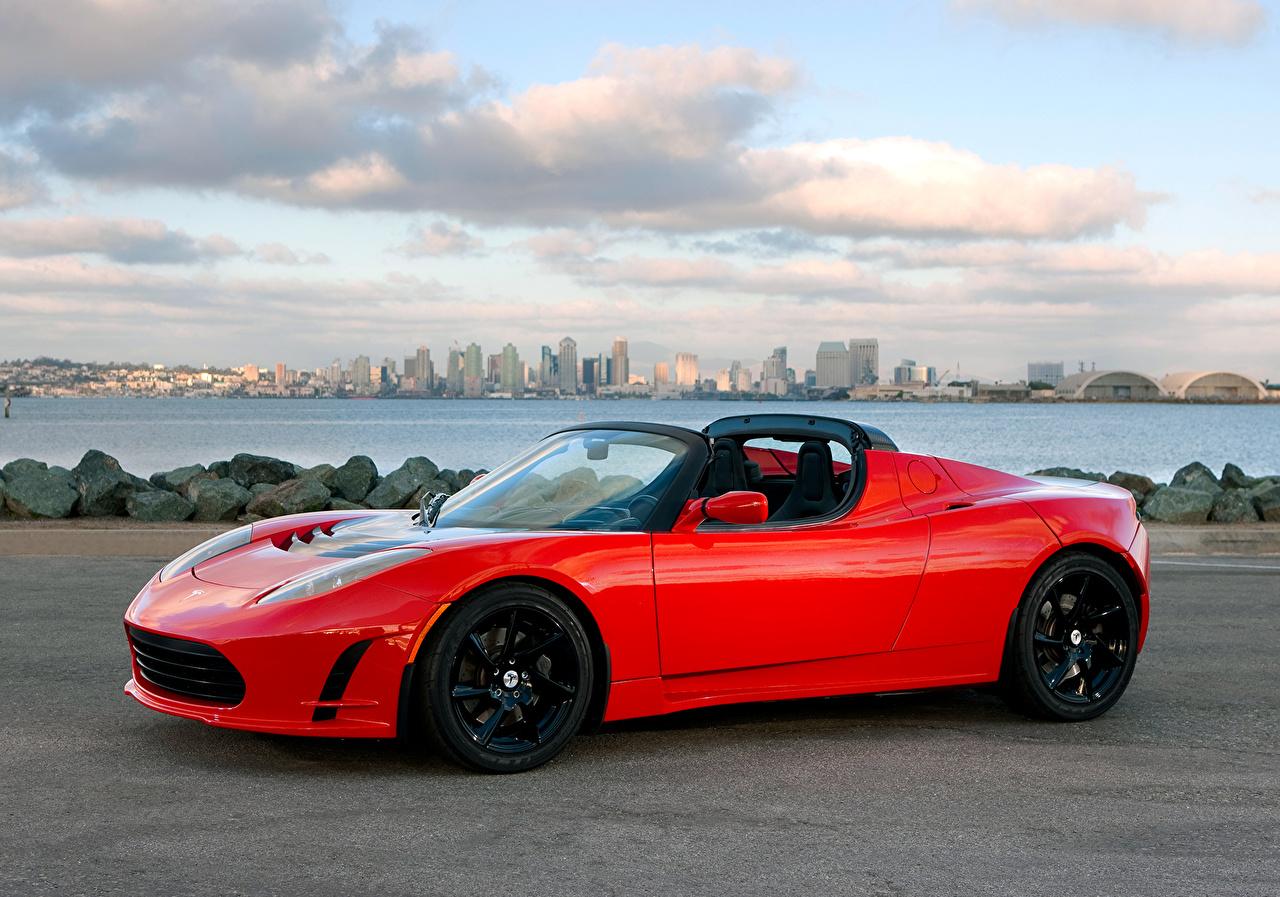 Обои Tesla Motors 2010-16 Roadster Sport Родстер Кабриолет красная Авто Металлик Тесла моторс кабриолета красных красные Красный Машины Автомобили