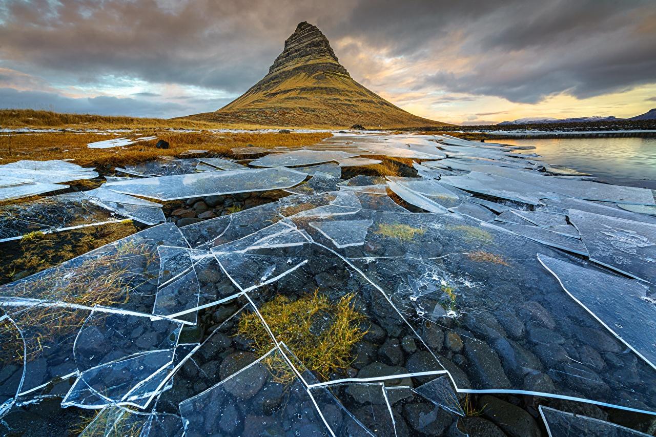 Картинки Исландия Kirkjufell, Snæfellsnes Peninsula Лед Горы Природа льда гора